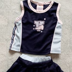 Cheerleading outfit 2T